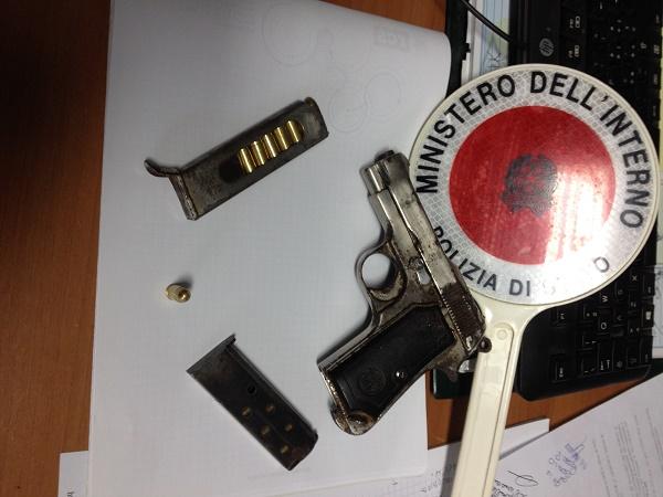 San Vitaliano, pistola in una roulotte: arrestato 51enne