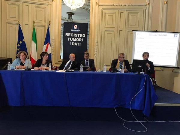 Terra dei fuochi, per la Regione i bambini si ammalano e muoiono come nel resto d'Italia