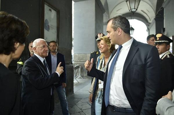 Campania: De Magistris telefona De Luca
