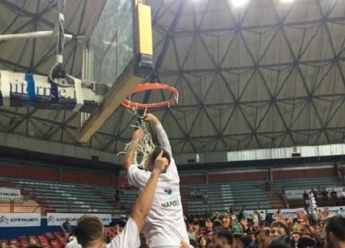 Basket, Napoli batte Bergamo e torna in A2
