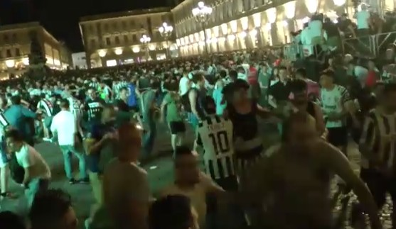 Torino, panico in piazza durante Juve-Real: bilancio a 1400 feriti, 8 gravi