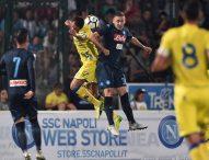 Napoli fermato dal Chievo, ancora Ounas gol