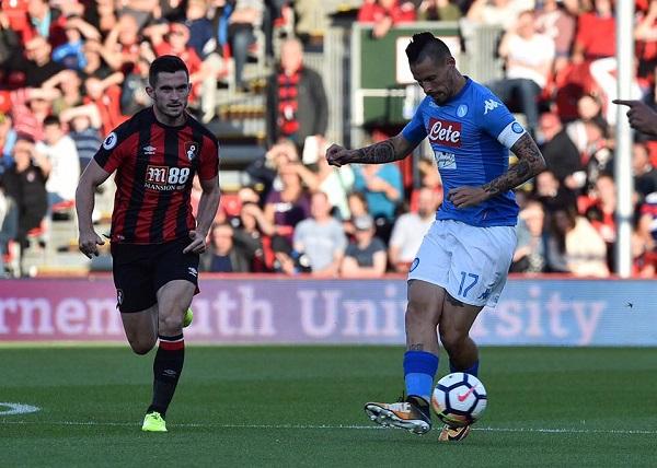 Zielinski salva il Napoli, a Bournemouth è 2-2