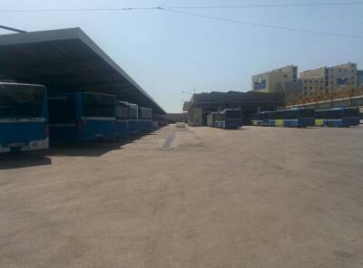 Napoli Città metropolitana, Bus e lavoratori Ctp senza manutenzione e stipendi, 1 milione a 27 staffisti