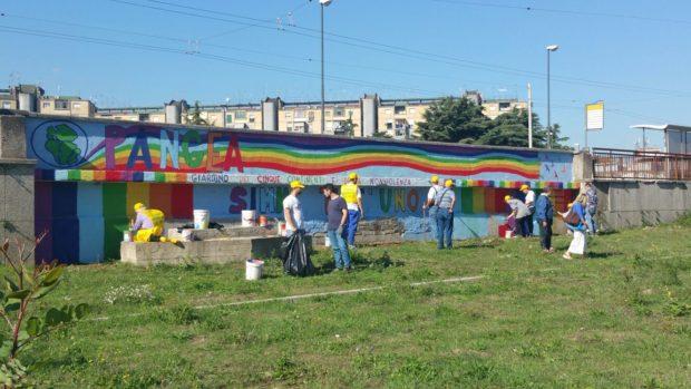 In Campania 30 mila volontari ripuliscono 350 aree