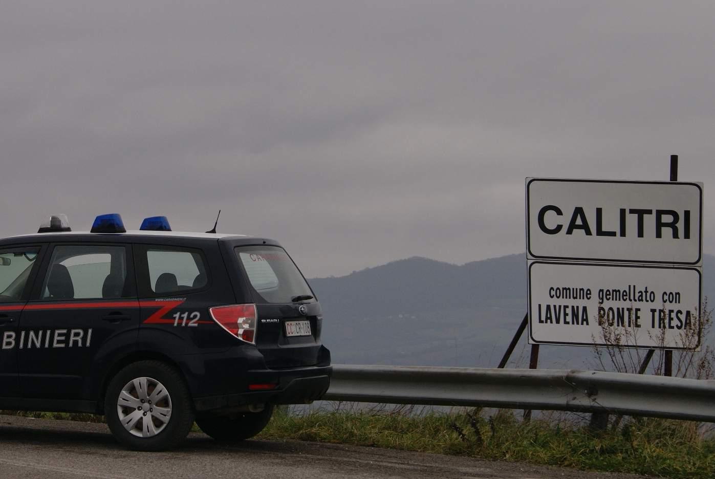Caserta, ladro tenta la fuga su Fiat 500: bloccato dai carabinieri