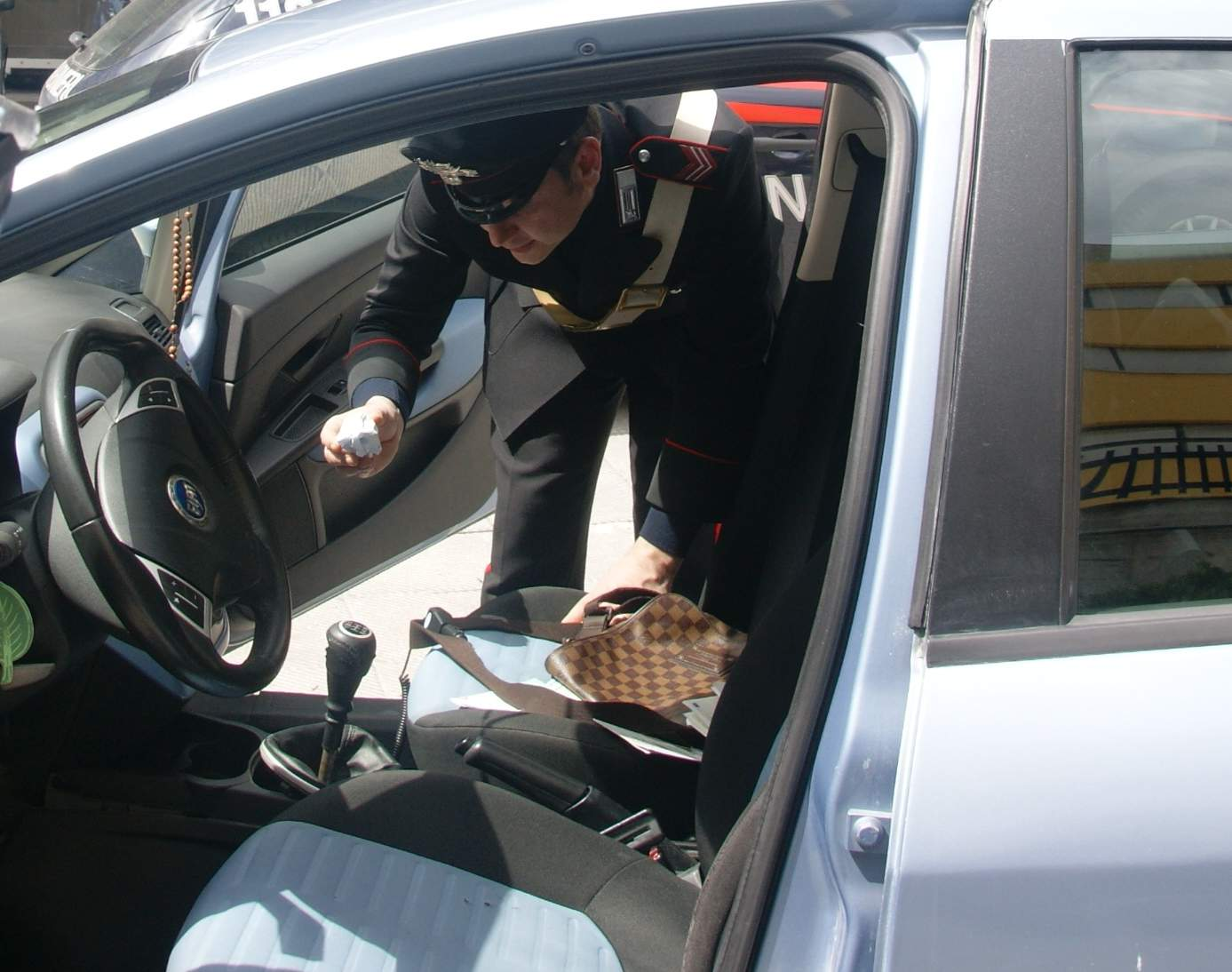 Montella, controlli sistematici dei carabinieri, denunce e fogli di via