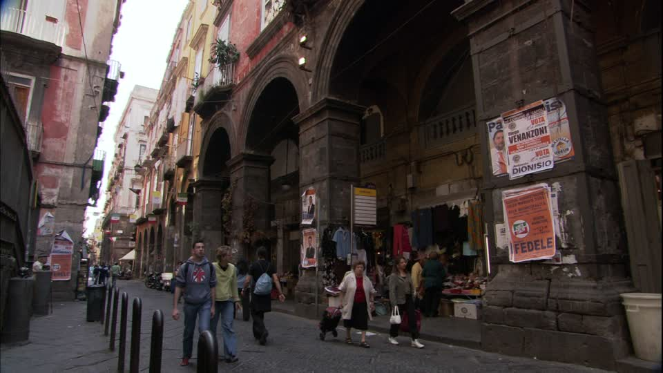Napoli, aprono i cantieri per il recupero del centro storico