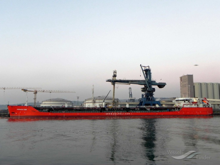 Napoli, la Guardia Costiera blocca una nave russa