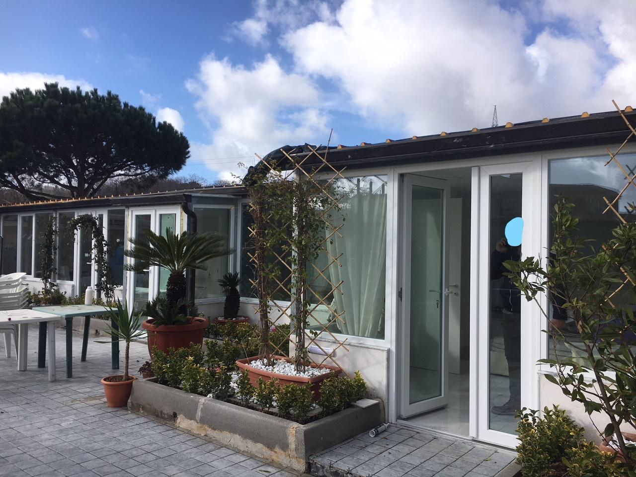 Napoli, Rione Alto: la polizia municipale sequestra costruzione e discarica nel Parco Camaldoli