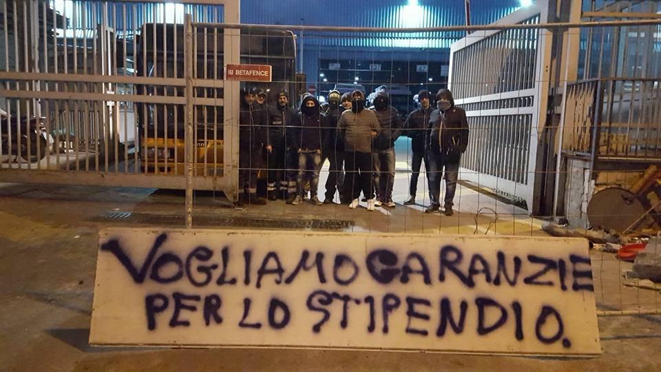 Napoli, blocco improvviso di bus e metrò:chi vuole il fallimento di Anm?