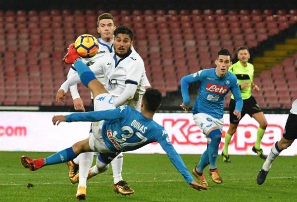 Turn over fatale al Napoli, passa l'Atalanta: addio Coppa Italia