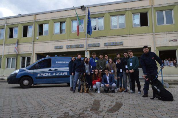 """Liceo Rummo di Benevento: Successo del progetto """"A scuola di Polizia"""""""