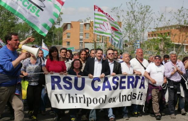 Carinaro, la Whirpool non rispetta gli accordi sindacali
