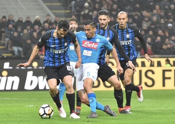 Napoli bloccato dall'Inter: perde la vetta