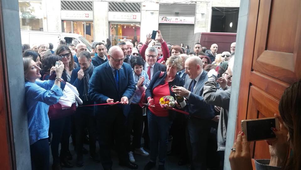 Napoli, veleni sull'inaugurazione sede Cgil a via Toledo