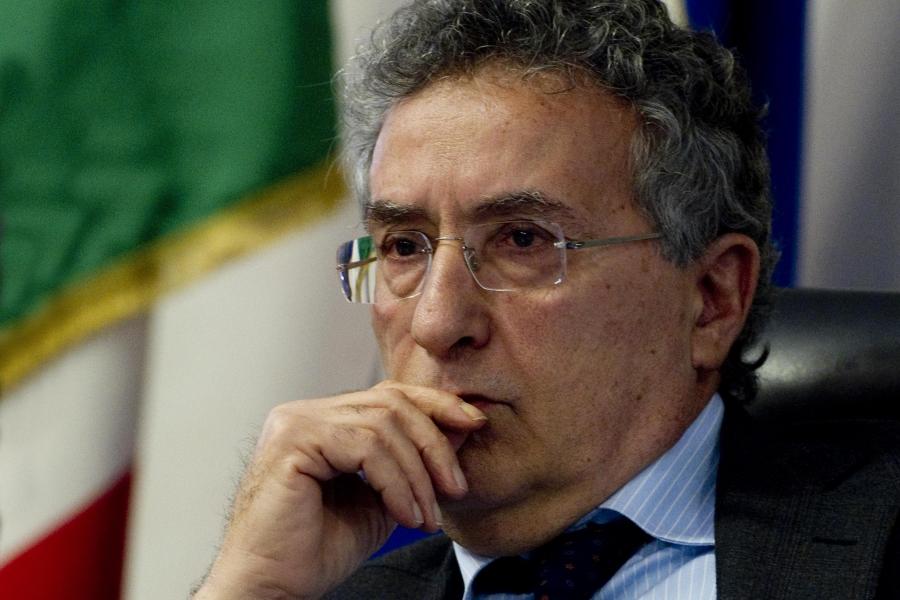 Campania: cambia la giunta De Luca, entra Franco Roberti ex procuratore antimafia