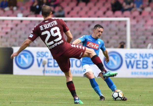 Il Napoli getta la spugna, col Toro solo pari