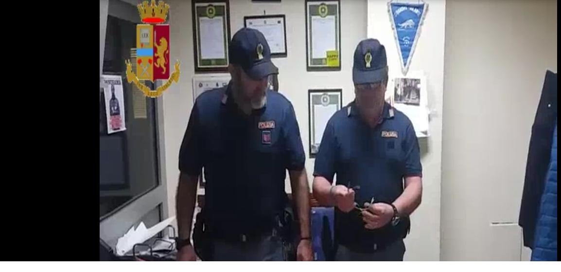 Scampia, latitante arrestato dalla Polizia