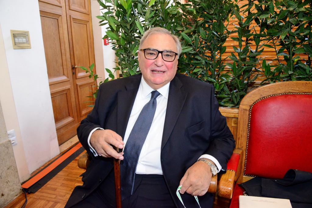 Il governo potrebbe essere guidato da Giulio Sapelli, l'economista critico con Bruxelles