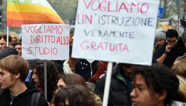 Napoli: Fondi Miur, solo 11 scuole usufruiranno dei finanziamenti