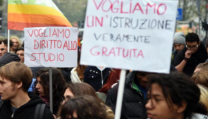 """Studenti universitari: """"Cari Professori il vostro sciopero non unisce, ci danneggia"""""""
