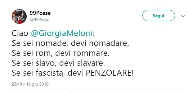 """Rom, 99 Posse contro Meloni: """"Se sei fascista devi penzolare"""""""