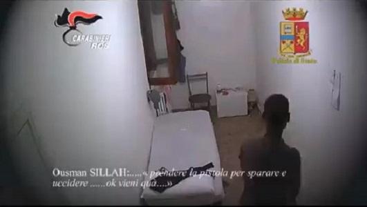 Progettava attentati Isis, preso 23enne in provincia di Napoli
