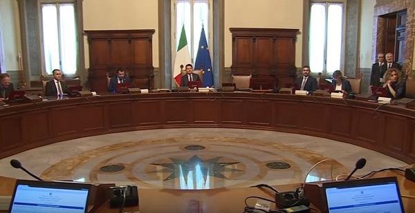Governo, nominati 39 sottosegretari e 6 viceministri: 6 i campani