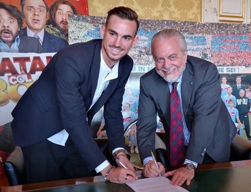 Il Napoli annuncia la firma di Fabian Ruiz