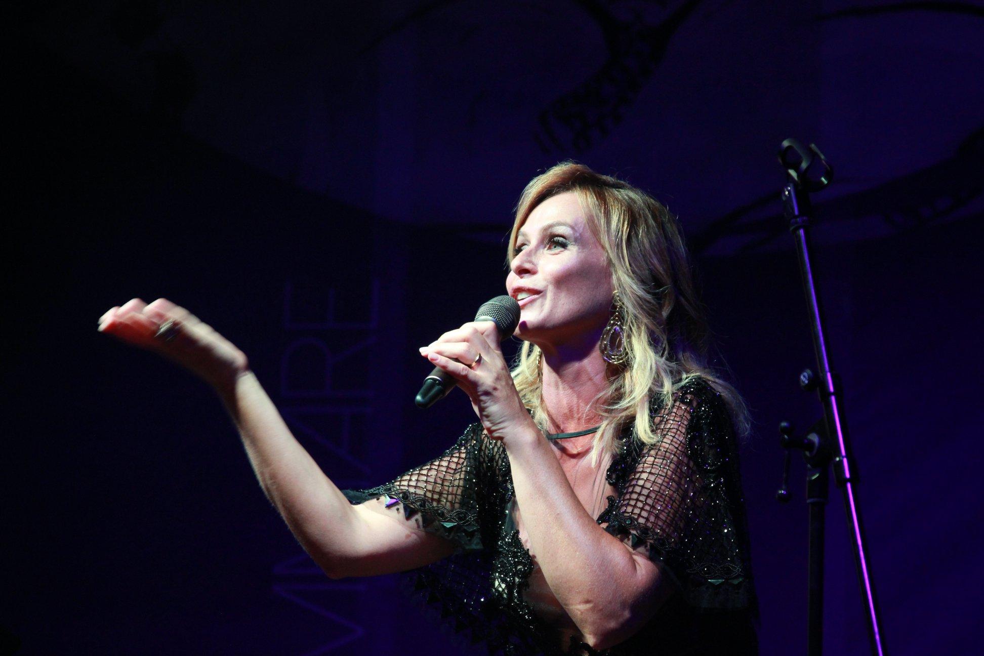 Villammare: Serena Autieri e il suo Maestro del cuore