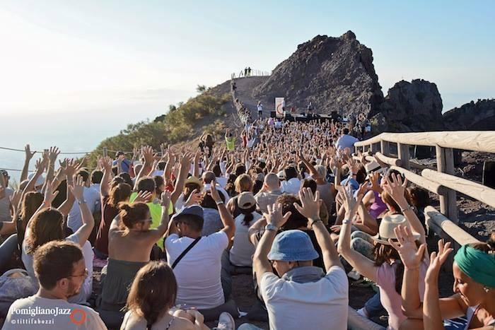 Pomigliano Jazz parte dal cono del Vesuvio