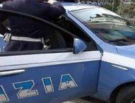 Scampia, Polizia sequestra armi e droga