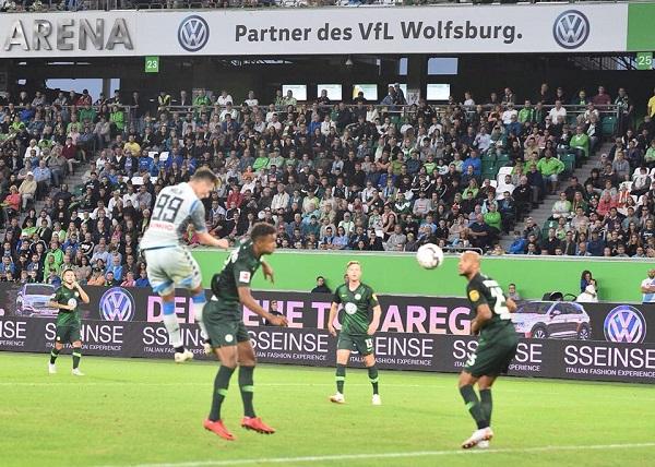 Milik c'è, ma il Napoli cade a Wolfsburg