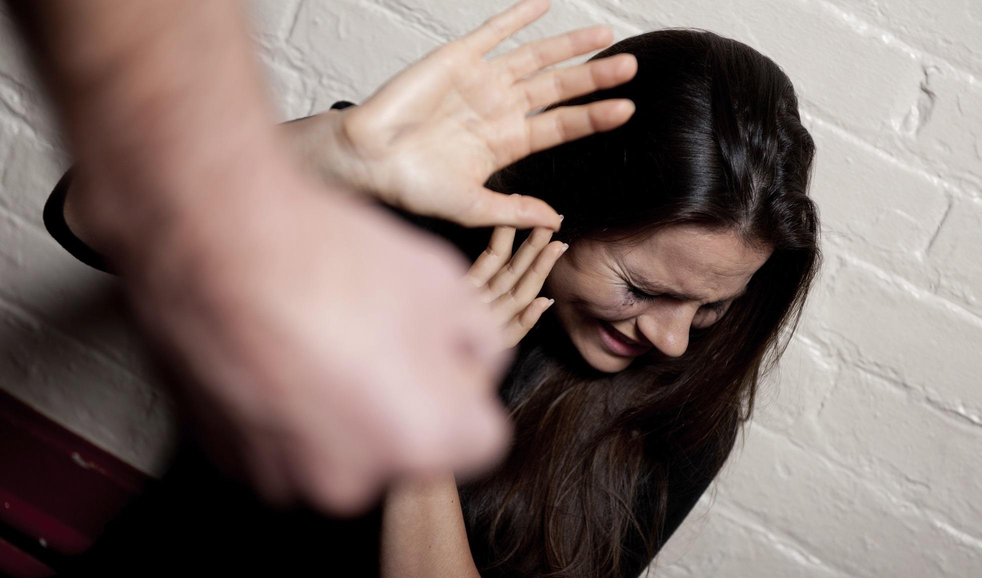 Napoli: la violenza di genere entra in rete