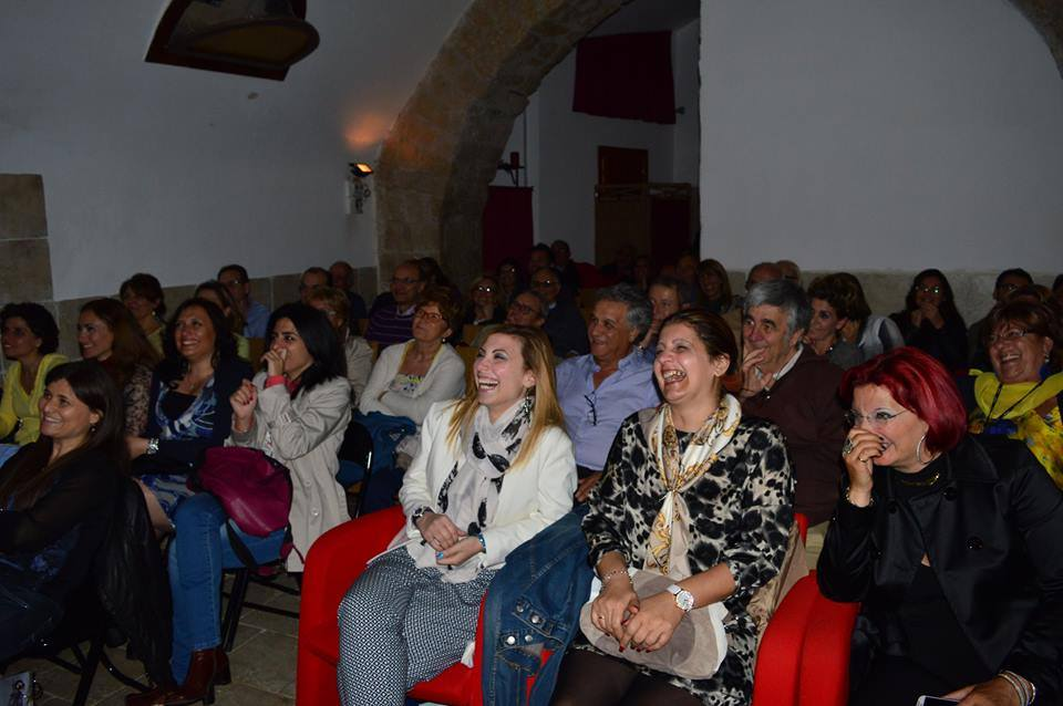 Napoli: rialza il sipario il Teatro dei Lazzari Felici
