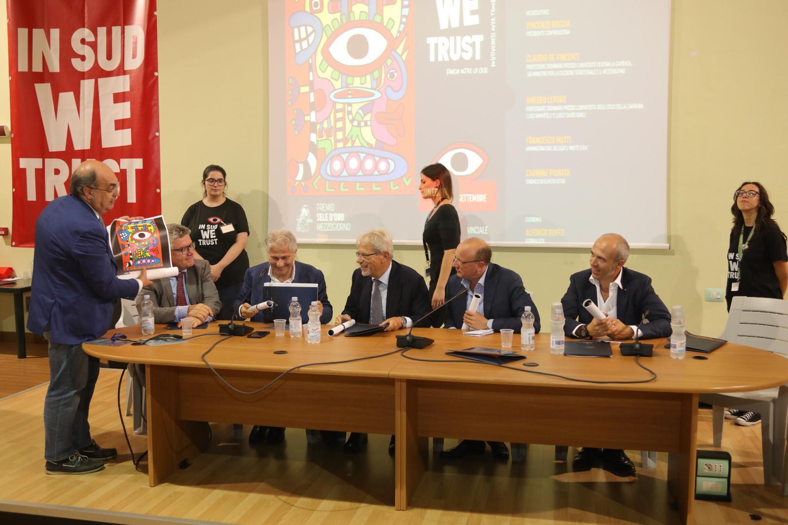 Oliveto Citra: 100 litografie d'arte del manifesto firmato da Ton Pret