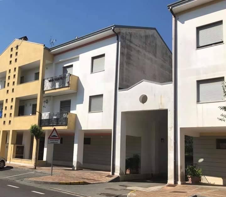 Baronissi: manutenzione ed efficientamento energetico su 90 alloggi Erp