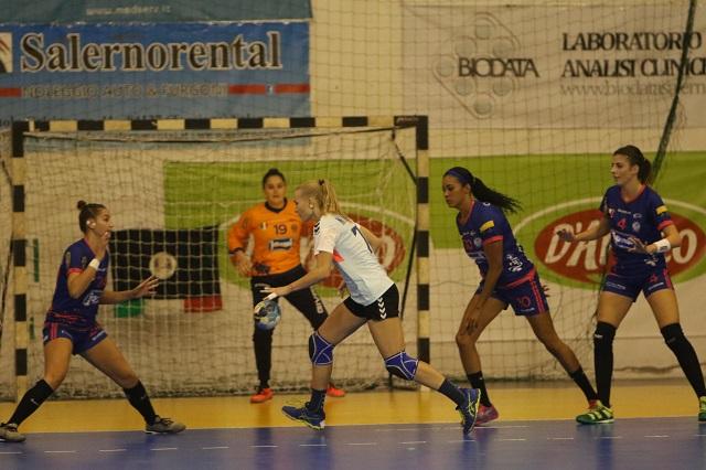 Ottima prova della Jomi Salerno nella EHF Cup