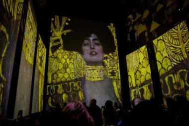 La Basilica dello Spirito Santo di via Toledo ospita Klimt Experience
