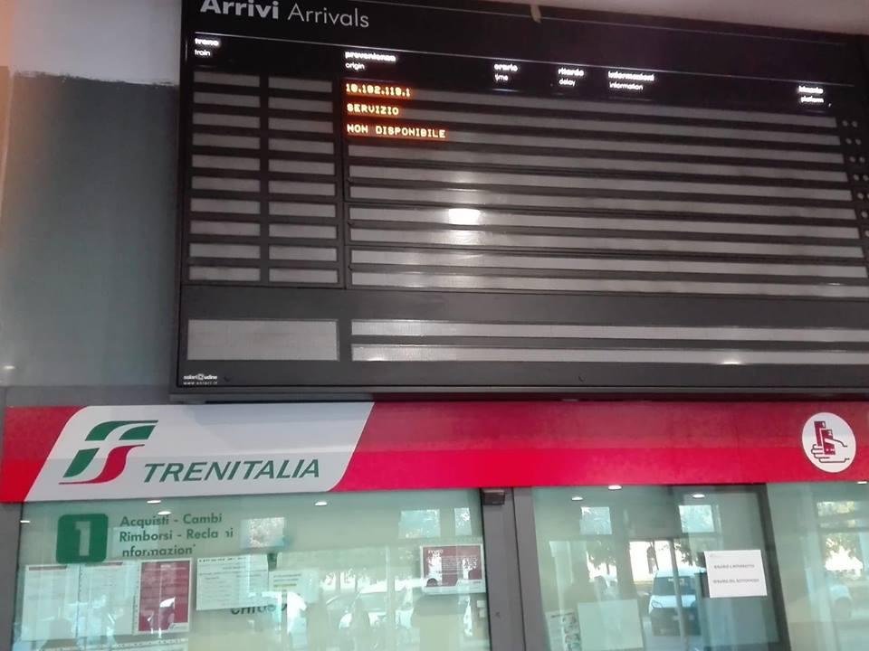 Caserta:  finita l'emergenza, i treni tornano a circolare