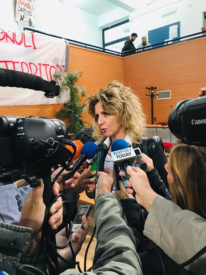 Napoli, Scampia: Ministro Lezzi incontra i cittadini per spiegare reddito cittadinanza
