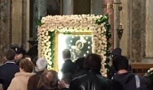 """La """"Discesa del Quadro"""" della Madonna del Rosario di Pompei"""