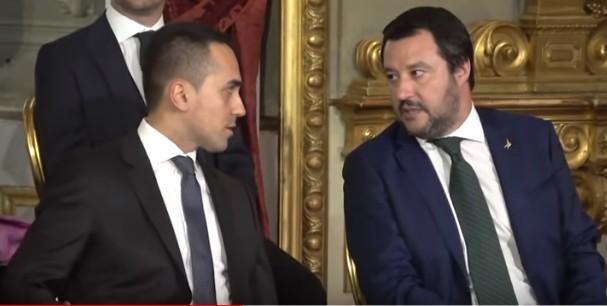 """Salvini: """"Ritorniamo ad essere un governo unito contro l'Europa dell'austerità e dei sacrifici"""""""