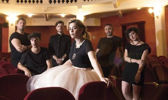 Industrial bistrò a Napoli, via con Easychic orchestra