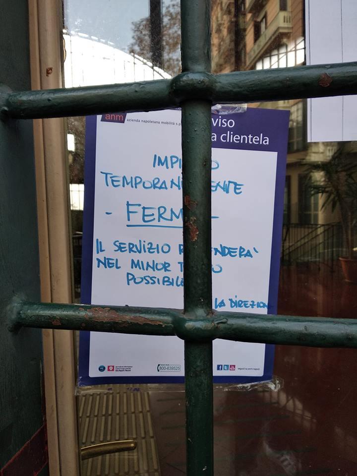 Napoli, le caste sindacali bloccano le funicolari e danneggiano gli utenti