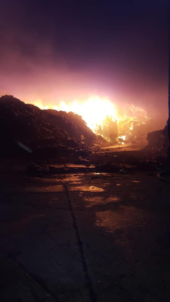Santa Maria Capua Vetere, in fiamme altro impianto rifiuti