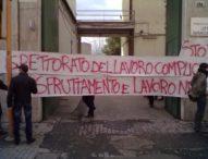 """Napoli, contestato ispettorato del lavoro: """"Pochi controlli contro sfruttamento e schiavitù"""""""