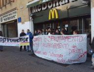 """M5s: """"Vogliamo il salario minimo per sollevare dalla miseria 3 milioni di lavoratori"""""""