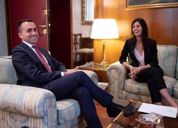 """Fake news a Casal Bruciato, Di Maio smentisce tensione con Raggi: """"Ok a solidarietà"""""""